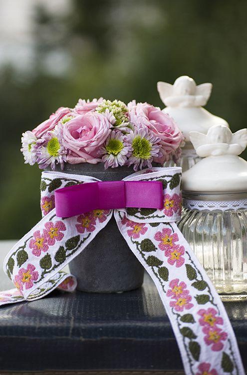 Photography of flowers, flower decorations, bouquets, composition, cloves, ceramics, pink, garden, summer
