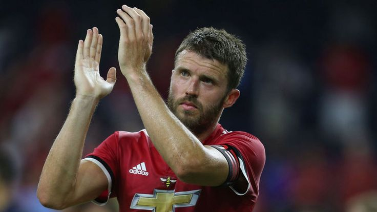 Michael Carrick to retire at end of season and join Jose Mourinho's coaching staff at Manchester United. Michael Carrick will retire at the end of the season and join Manchester United's coaching staff, says Jose Mourinho.  www.18onlinegame.com