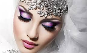 A professional and reliable online makeup store providing a variety of hot selling makeup products at reasonable prices and shipping them globally.