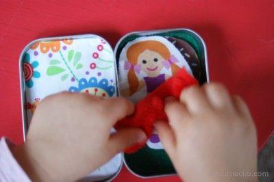 Łóżeczko w pudełeczku dla laleczki w wersji mini