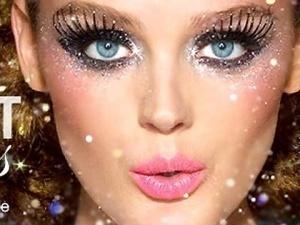 Glitter Glitter Glitter!: Halloween Makeup, Makeup Ideas, Glitter Makeup, Makeup Eye, Eyemakeup, Make Up Style, New Years Eve, Glitter Eye Makeup, Halloweenmakeup