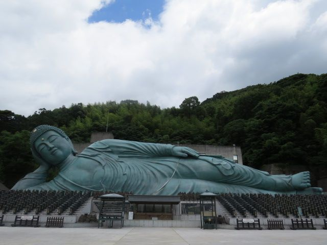 Reclining Buddha - Nanzoin Temple - Fukuoka Japan - July ...