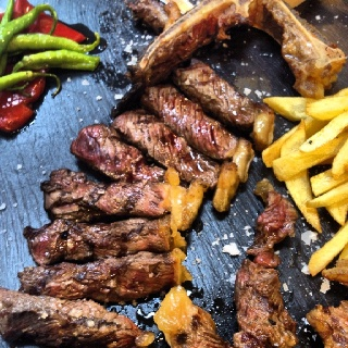 Chuletón a la brasa (16,90€ / 500 grs.) Taberna del Tío Blas - Logroño (La Rioja)