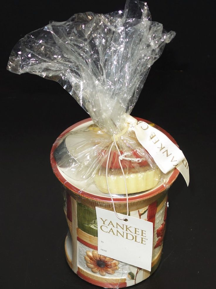 Yankee Candle Tart Warmer Gift Set Complete with 3 Tarts & Box