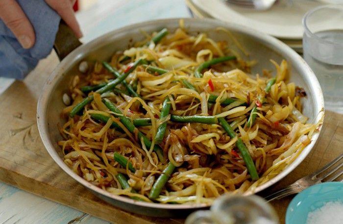 Recept på varm asiatisk sallad.