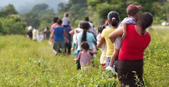 Familias emigran por amenazas de la delincuencia organizada en Guerrero - http://www.notimundo.com.mx/estados/familias-emigran-delincuencia-organizada/