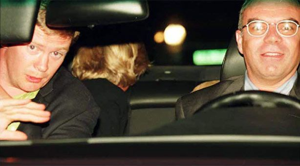"""Turning her head to see if she has  slipped the pursuing paparazzi,  Diana, Princess of Wales, is shown  seated in the back of a Mercedes just  moments before her death.   <br /><a href=""""/4225262a6000.html#theory"""">The Conspiracy Theory</a>"""