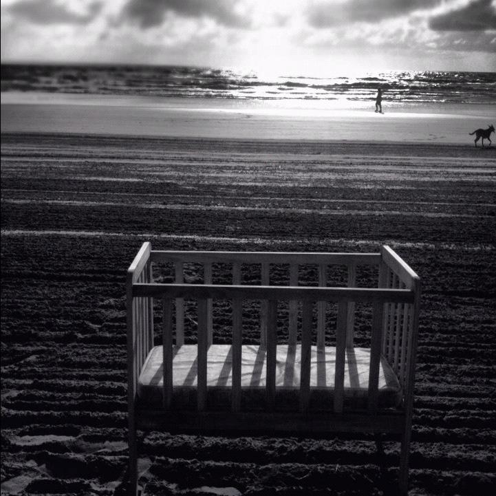 Una cuna en la playa