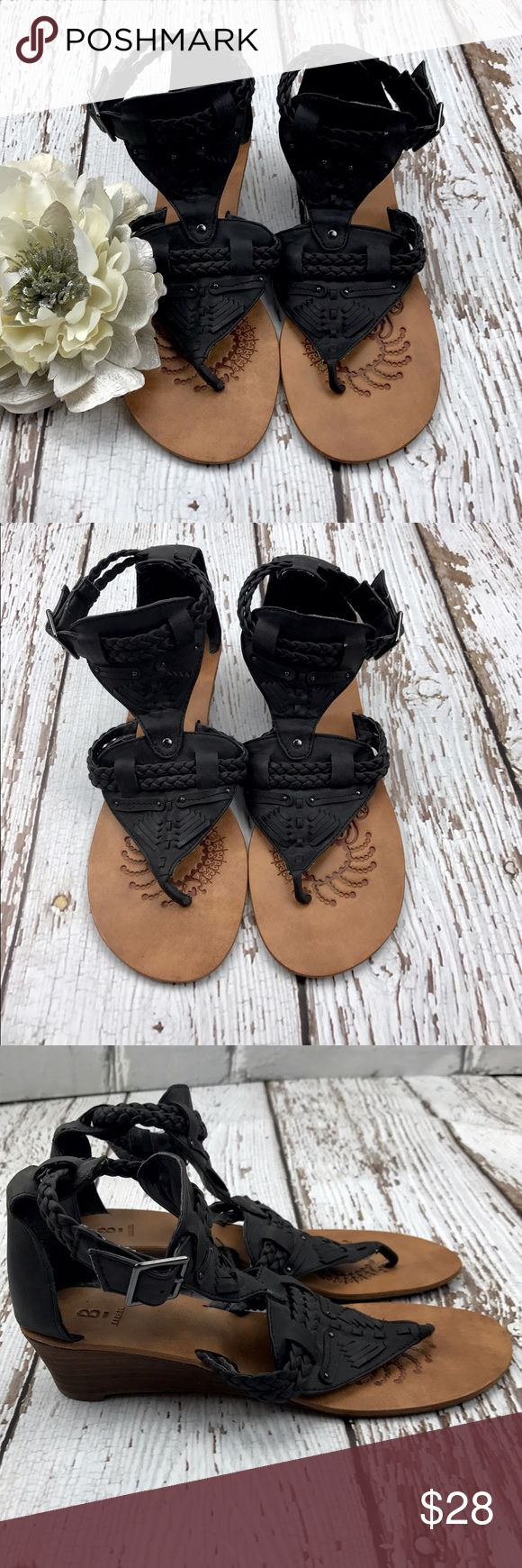 "💕SALE💕Bakers Black Gladiator Sandals Awesome 💕Bakers Black Gladiator Sandals 2"" heel Great Condition Bakers Shoes Sandals"