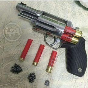 Shot gun revolver. Find our speedloader now! http://www.amazon.com/shops/raeind