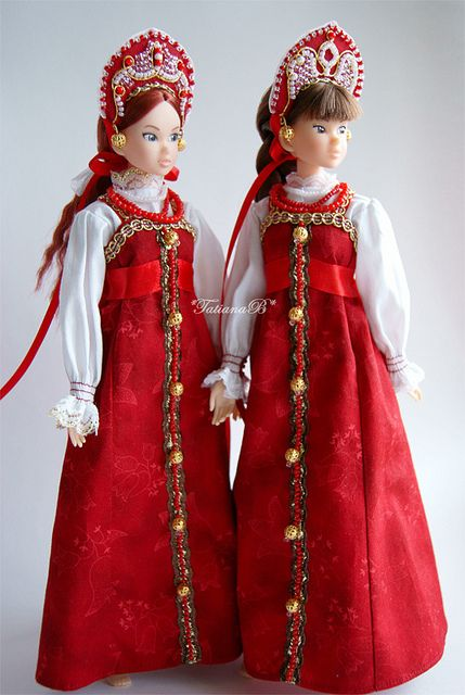 Traditional Russian Costumes for Momoko by *TatianaB*, via Flickr