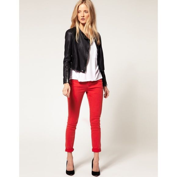 J. Crew flame red Minnie ankle pant Red stretch twill cropped Minnie pant. Side zipper. Chic and slim fitting. J. Crew Pants