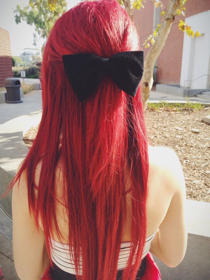 Cute Long Red Hairstyle - http://ninjacosmico.com/24-dyed-hairstyles-try/