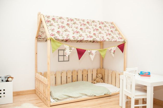 Bunk Beds – House bed 70x140 with fence and fabric roof – a unique product by Gunita-Spravnika on DaWanda