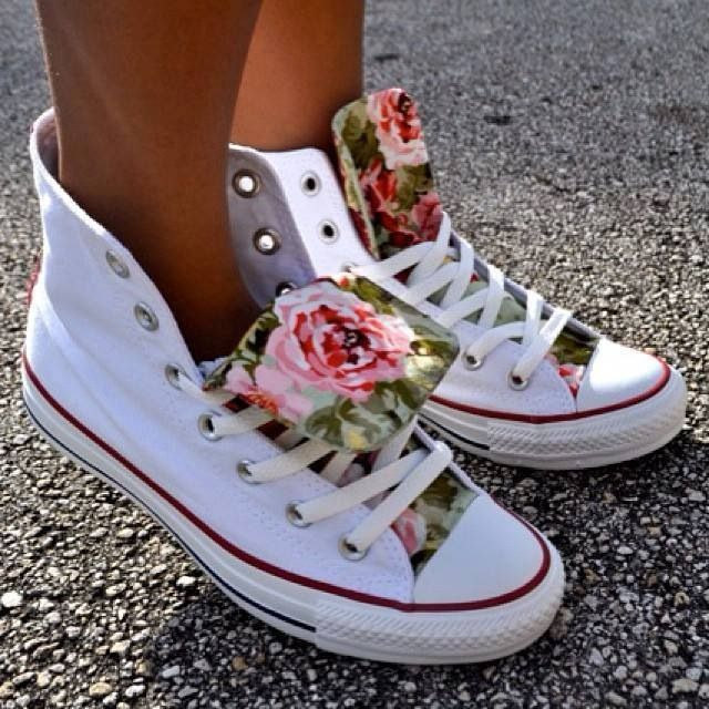 high top Converse white with flowered tongue so cute and girlie