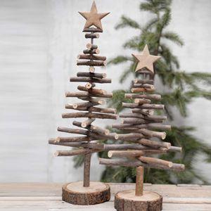 Déco de Noël sapin en petit bois brut avec étoile à poser