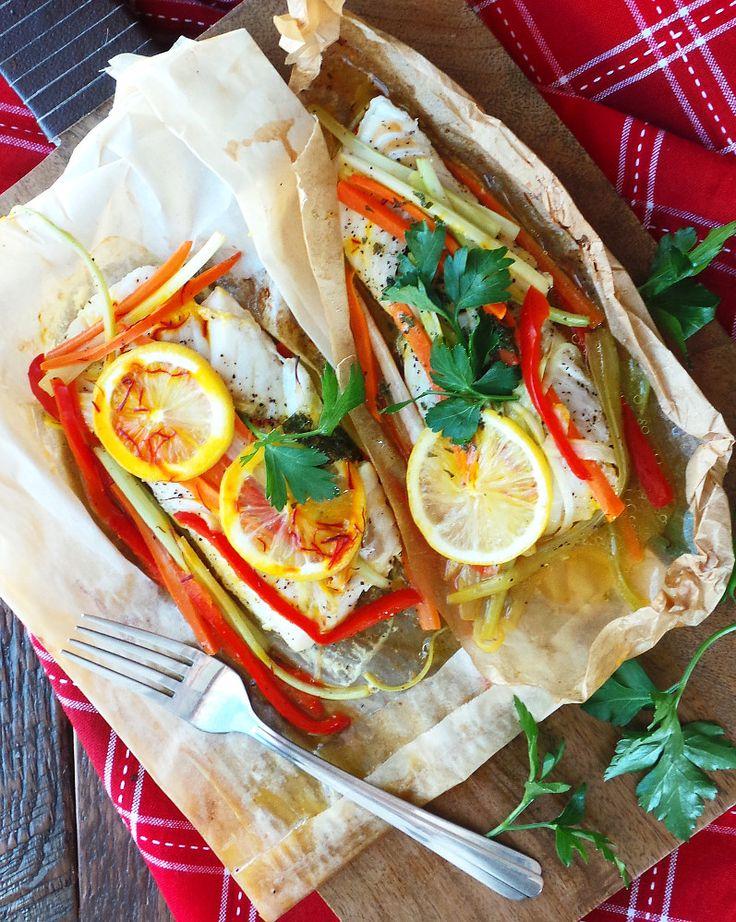 Рыба с овощами в бумаге