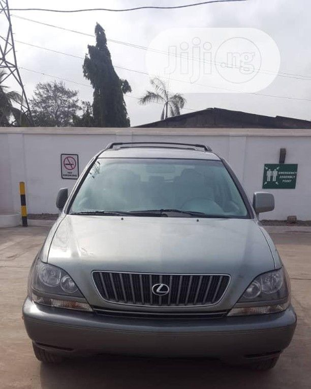 Lexus Rx 2000 Engine Gearbus Clean Fast And 100 Reliable All Parts Are Intact Buy And Drive Rx2000 Carslagos Rx Rxlagos Lexusrx2000 Lexus Used Cars Bmw