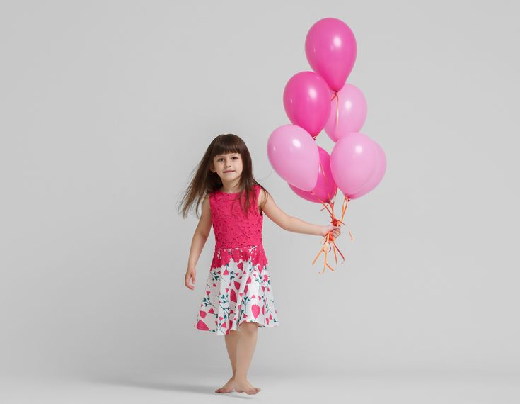 Vind jij helium ballonnen ook altijd zo leuk en gezellig? Nu kan je ze op elk feestje ophangen, zonder zelf …