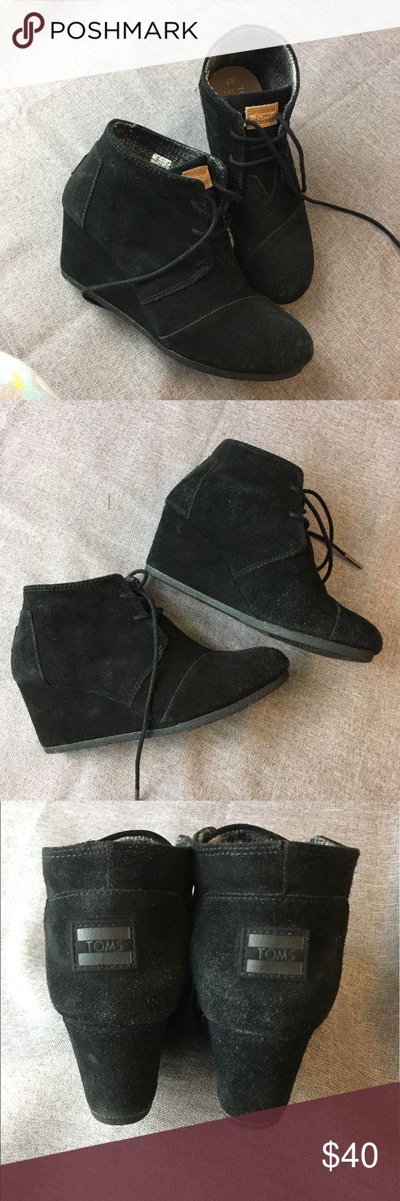 TOMS Black Suede Desert Wedge Boots Sz 8 M TOMS Black Suede Desert Wedges Sz 8 M. TOMS Shoes Wedges