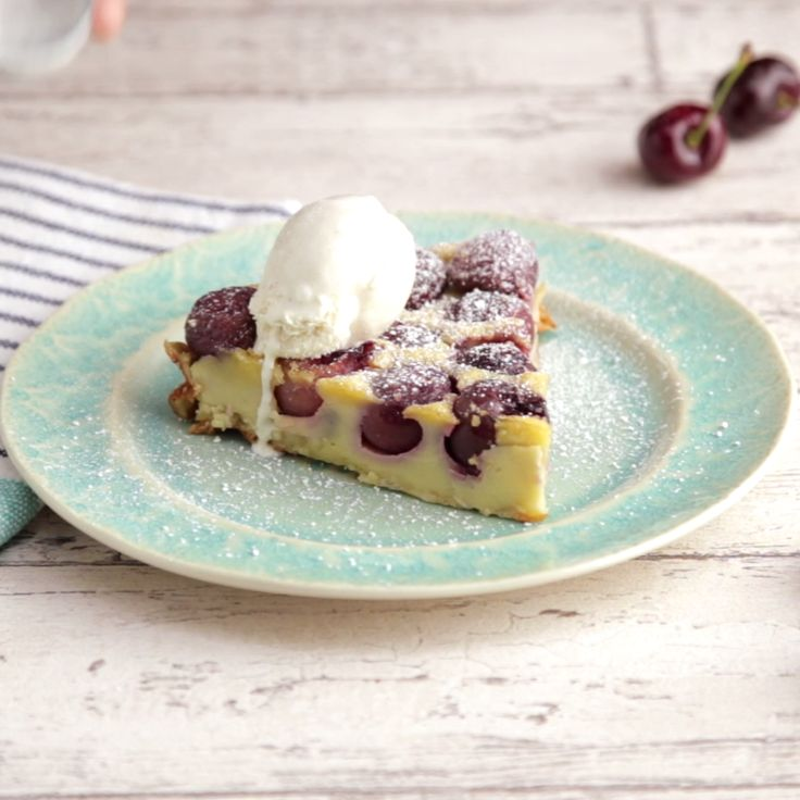 1652 best french foods images on pinterest cooking food drinks easy cherry clafoutis french food forumfinder Gallery