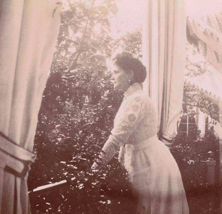 "Empress Alexandra Feodorovna of Russia at the Alexander Palace,Tsarskoe Selo in 1910. ""AL"""