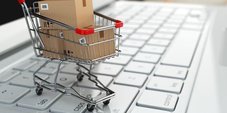 Blogcikkünk az Internetes Vásárlás Napjáról: https://autofelszerelesek.hu/blog-az-online-kereskedelem-vilagnapja
