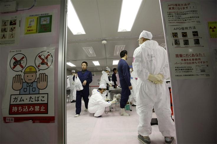 Un año después, los trabajos continúan en la central nuclear de Fukushima.