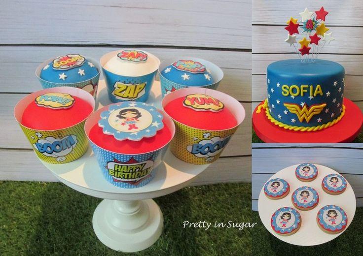 Wonder Woman for a cute 4 year old girl | Para uma menina de 4 anos cheia de personalidade | Cake stand by Coco&Baunilha
