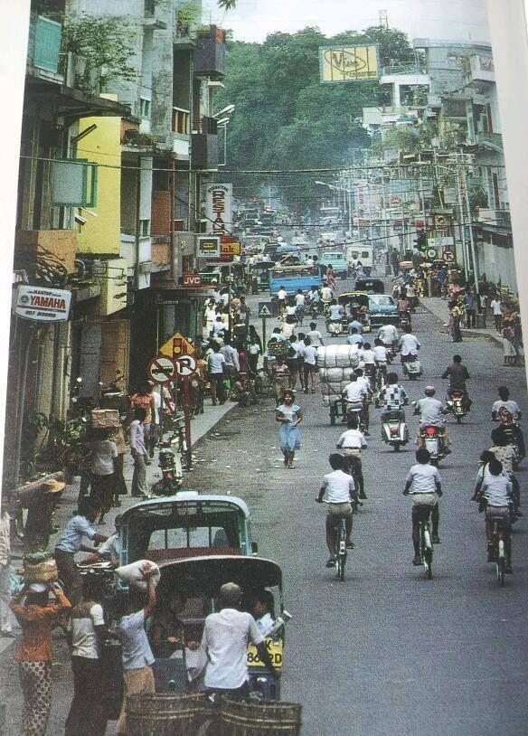 Jalan Gajah Mada. Denpasar, 1980