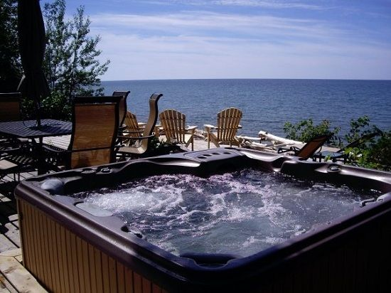 jacuzzi hot tubs for 6 peoples capacity. Plenty of room for the two of us!