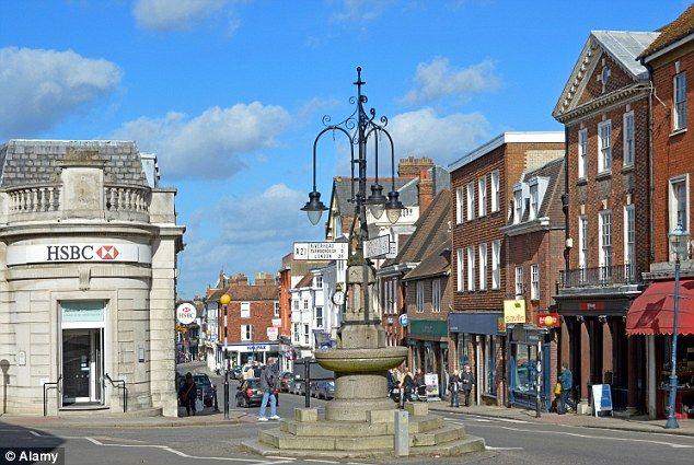 Sevenoaks town centre, Kent.  Daily Mail Online