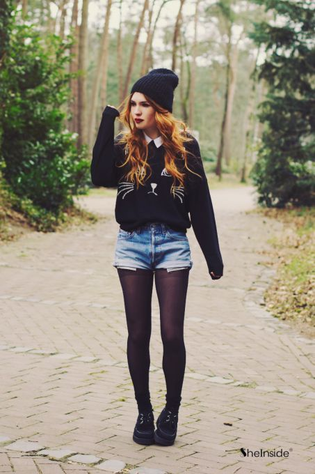 This hipster and tumblr inspired fall outfit is everything. Cat sweater, yes please!