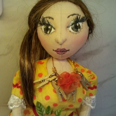 Make a Cute Dolls Necklace