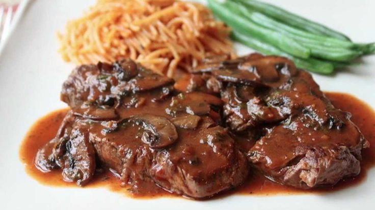 Beef Medallions with Caramelized Tomato Mushroom Pan Sauce - Beef Tender...