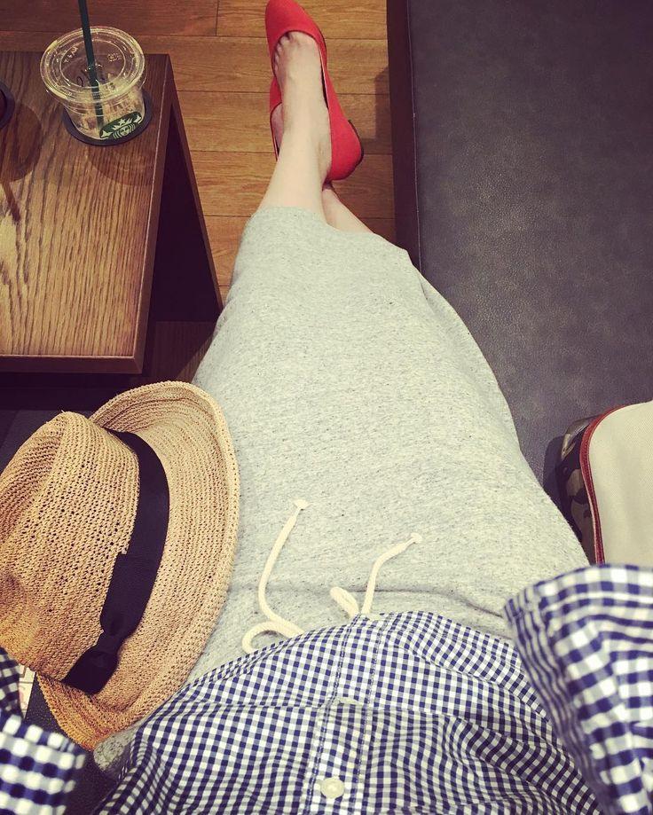 #ootd #ginghamcheck #strawhat #gray #redshoes #私服 #コーディネート #ギンガムチェック #帽子 #ジャージ #赤 #フラットシューズ #tailor #ladys #jacket #shirt #pants #skirt #suit #fashion #テーラー #オーダー #レディース #ジャケット #シャツ #パンツ #スカート #スーツ #ファッション by salta_sarta