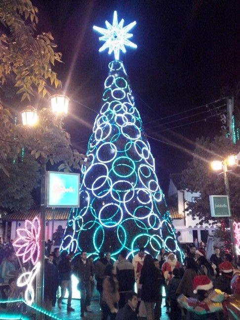 Árbol de Navidad. Parque Usaquén, Bogotá D. C.