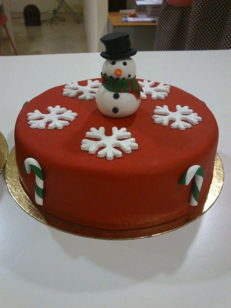 Pastel navide o de fondant tartas navidad pinterest for Menu navideno facil de hacer