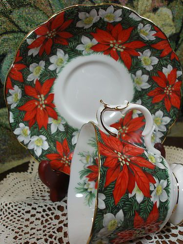 ROYAL ALBERT FANCY TEA CUP AND SAUCER SOUTH PACIFIC PATTERN POINTSETTIA & FLORAL