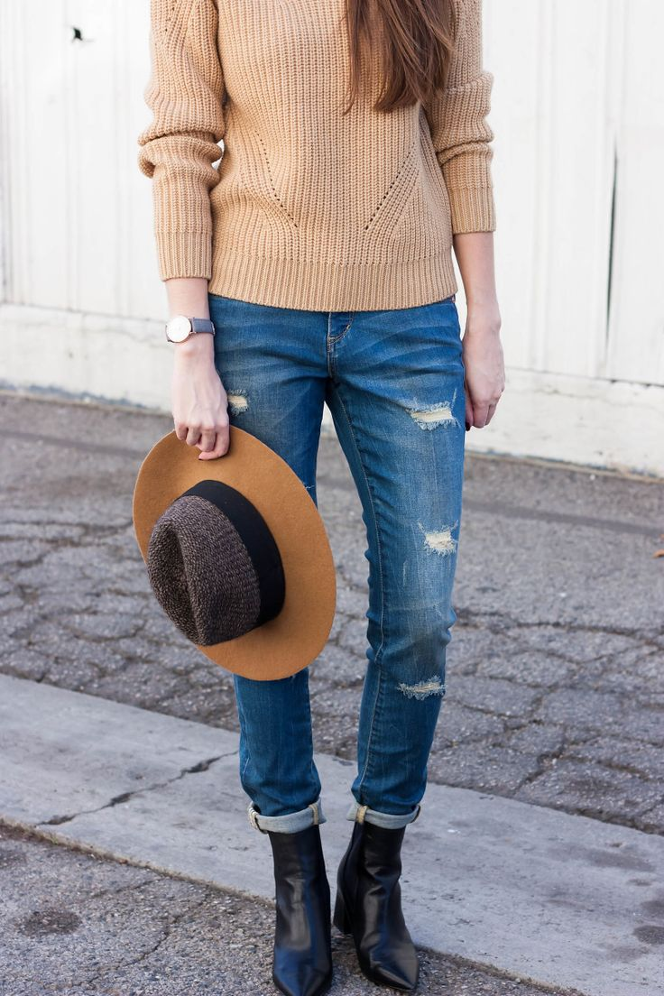 Fashion Blogger wearing JAG Sheridan Skinny Jeans and Marc Fisher Booties @jagjeans