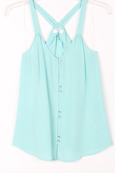 Casual Haley Top in Pale Mint