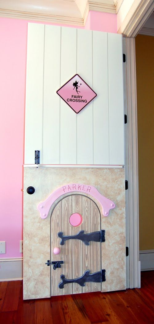 omg i love the split door anyway for a kids room, but the tiny kid door is awesome!