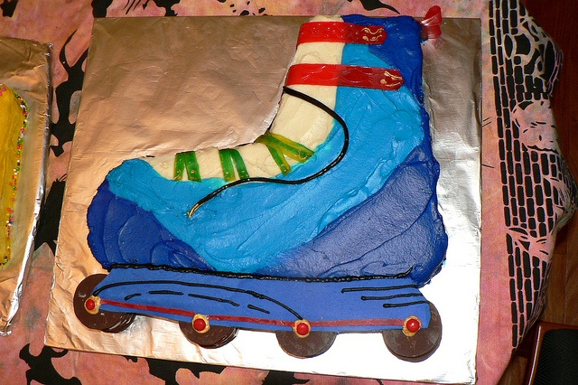 Rollerblade cake #2 by Sue's Cakes, via Flickr