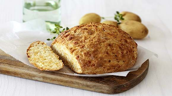 Home-Made Potato and Cheese Bread