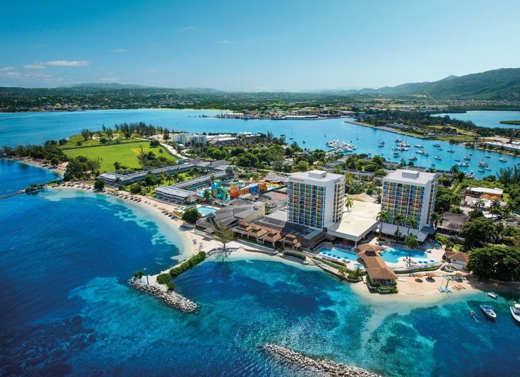 Full of family-friendly activities and entertainment for all. http://www.tropicaltravel.net/vacation_packages/d//jamaica/vacation/7700/ #jamaica #TropicalTravel #caribbeandestination