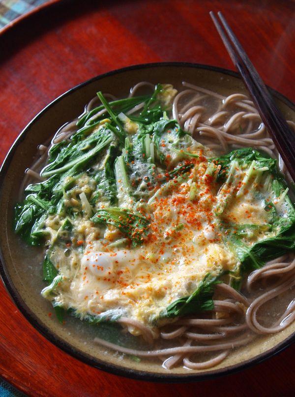 アンチエイジングそば!「水菜の卵とじそば」: 料理勉強家ヤスナリオのブログ