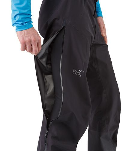 Zeta LT Pant Men's Lightweight, packable, highly versatile pant for trekking and hiking features the comfortable waterproof breathable protection of GORE-TEX® fabric with GORE® C-KNIT™ backer technology.