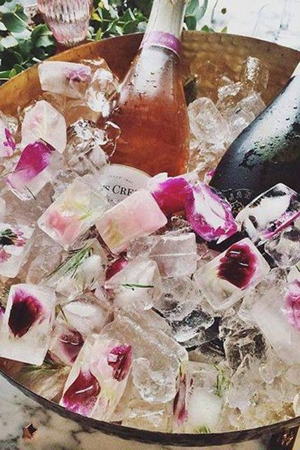 A Summery Touch - 10 Pinterest Hacks To Win At Your Fourth Of July Party - Lonny