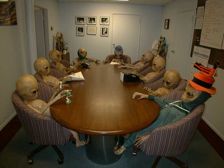 UFO & Alien HOLIDAY SPECIAL ROUNDTABLE