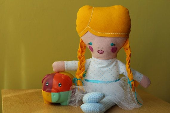 Dolls and Daydreams rag doll ballerina, handmade by euquefiz, €25.30